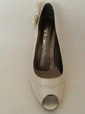 Punto Bej-Kırık Beyaz Topuklu Bayan Ayakkabı-2