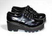 Bağcıklı Rugan Ayakkabı