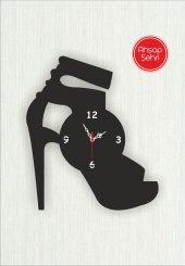 özel Tasarım Ayakkabı Görünümlü Ahşap Saat