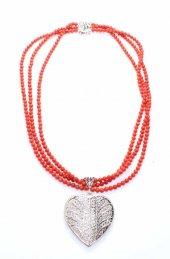 925 Ayar Gümüş Mercan Taşlı Kalp Modeli Kolye