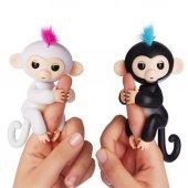 Fingerlings Baby Happy Monkey İnteraktif Oyuncak Bebek Konuşan Pa