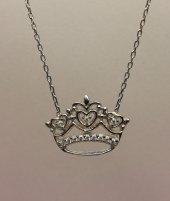 Moda Norcia Taçlı Gümüş Kolye