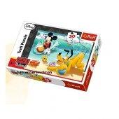 Mickey Ve Pluto 30 Parça Puzzle