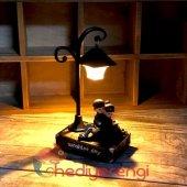 Sevgıiye Hediye Lamba Altında Oturan Çift Gece Lambası Ve Biblo