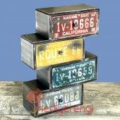 Retro Plakalar Temalı 4 Çekmeceli Ahşap Minyatür Komidin-2