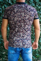 Yapraklı ve Çiçekli Polo Yaka T-shirt-2