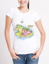 Kurbağa ile Sohbet Temalı Bayan Tişört