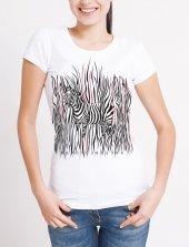 Zebra Temalı Bayan Tişört