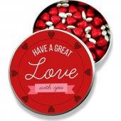 Sevgiliye Metal Kutuda Kırmızı Kalpli Çikolata Ve Gümüş Draje