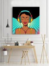 Müzik Dinleyen Kadın - Pop Art Kanvas Tablo