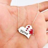 Yeni Mineli Renkli Kalp Gül İsimli Gümüş İsim...