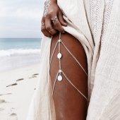 Gümüş Renk Pul Detaylı Vücut Bacak Kolyesi Takı...