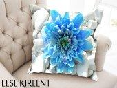 Else Taşlı Mavi Çiçekli 3 Boyutlu Dekoratif Yastık Kırlent Kılıfı