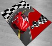 Kırmızı Yarış Bayraklı Arabalı Erkek Çocuk Odası Halısı