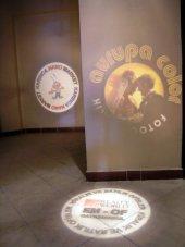 Güvenlik Işığı İç Mekan Slayt Fabrika Alanlarında Duvara ve yere sıralı logo yansıtın-10