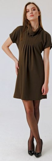 Krep Degaje Yaka Önü Pilikaşeli Elbise