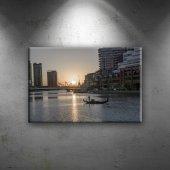 ırmak Ve Şehir Dünyaca Ünlü Şehirler Dekoratif Kan...