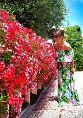 Bonalodi Madonna Yaka Yeşil Çiçek Desen Kadın Elbise
