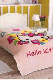 Taç Lisanslı Tek Kişilik Battaniye Hello Kitty...