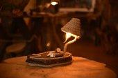Doğal Ahşap El Yapımı Yassı Abajur Deniz Kabuklu Masa Lambası