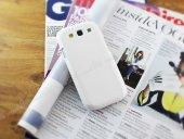 Nillkin Samsung Galaxy S3 / S3 Neo Beyaz Sert Parlak Rubber Kılıf-3