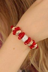 Kırmızı Renk Ve Kristal Taşlı Bileklik