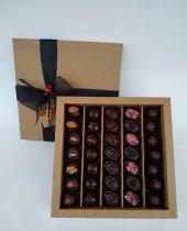 Nihal Sevilmen Özel Çikolata 35'li Kutu