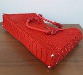 No 1 Kanvas üzeri el işleme bayan çanta ( Kırmızı )-3
