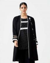 Gala Xi İç Bluzlu Pul İşlemeli Büyük Beden Ceket 1135 Siyah