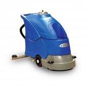 Cleanvac B 4501 Akülü Zemin Yıkama Makinası