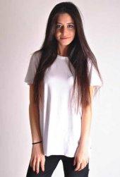 Yandan Yırtmaçlı Beyaz Basic T Shirt