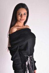 Carmen Yaka Siyah Kazak