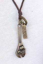 Eskitme Renk Metal İngiliz Anahtar Figür Aksesuarlı Deri İpli Erkek Kolye-2