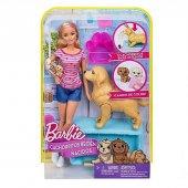 Barbie ve Doğuran Köpeği-4