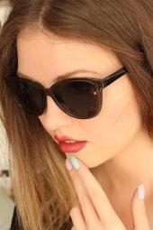 Açık Kahve Renk Çerçeveli Clariss Marka Bayan Güneş Gözlüğü