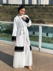 Beyaz Abaya
