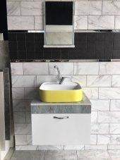 Banyo Dolabı Etajerli Ayna 42x42 Güral Sarı Lavabo.