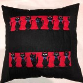 El yapımı Kedi Desenli Patchwork Yastık