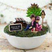Piknik Yapan Sevgililer Mini Teraryum Bahçesi