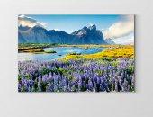 çiçekli Göl Ve Dağ Manzarası Tablosu