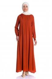 Yakası Lastikli Uzun Kiremit Tesettür Elbise