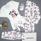 Mickey Mouse Desenli Sabahlıklı Pijama Takımı
