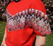 Aztec Stil Çiçek Desen Vintage Kırımızı Tişört-2