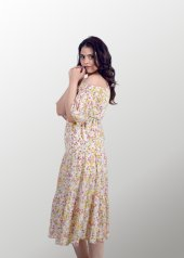Kısa Çiçekli Elbise