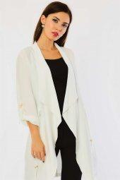 Beli Bağlamalı Beyaz Ceket