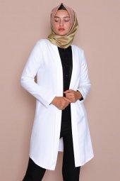 Pervazlı Uzun Beyaz Ceket-2