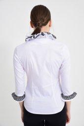 Beyaz püsküllü bayan bluz 4430-2-232