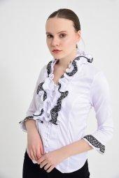 Beyaz püsküllü bayan bluz 4430-2-232-2