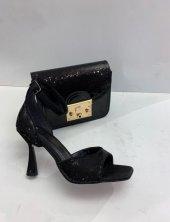 Bayan Pikyes Canta Ve Ayakkabı Kombini