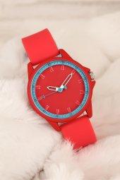 Spor Model Kırmızı Renk Silikon Kordon Kasa Kadın Saat